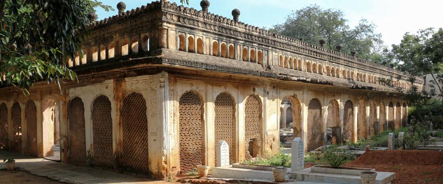 paigah-tombs-2